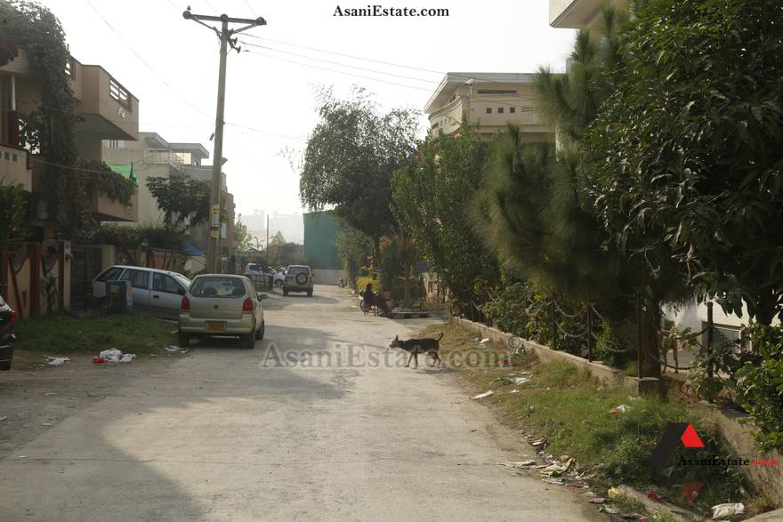 Street View 35x65 feet 10 Marlas portion for rent Islamabad sector E 11