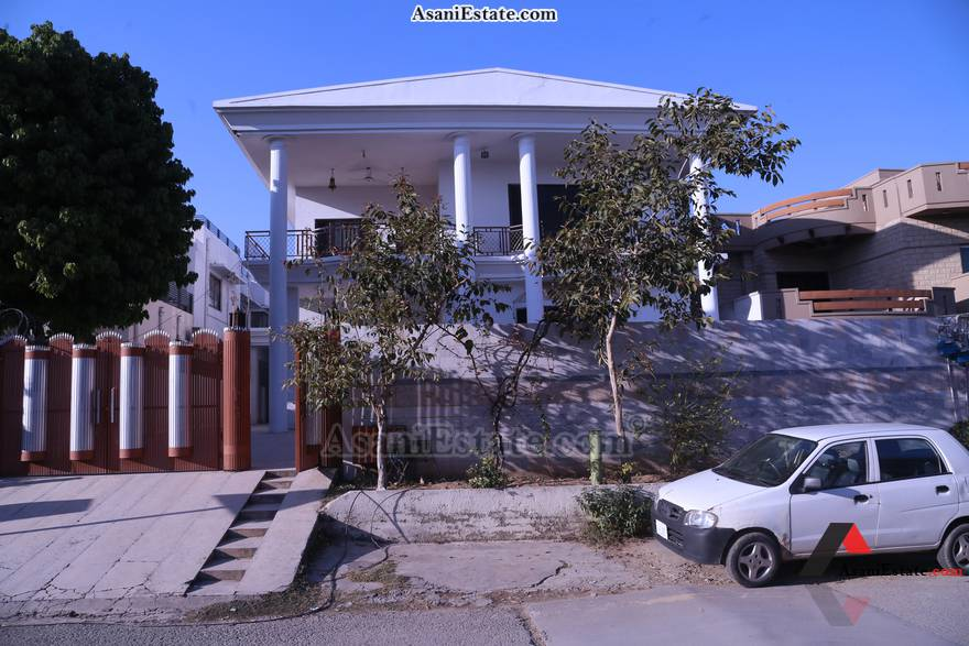 Outside View 20x14 feet flat apartment for rent Islamabad sector F 11