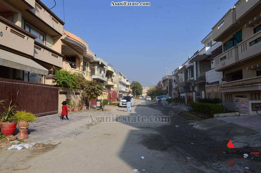 Street View 30x60 feet 8 Marla house for sale Islamabad sector E 11