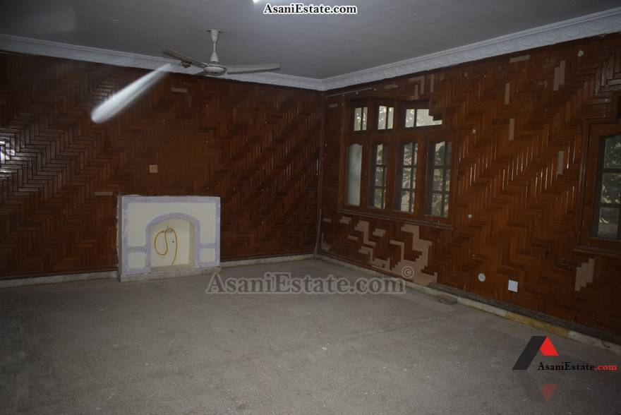 First Floor Din/Drwing Rm 666 square yards house for sale Islamabad sector F 10