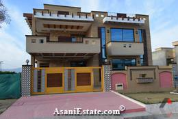 Outside View 90x40 feet 16 Marla house for sale Islamabad sector F 11