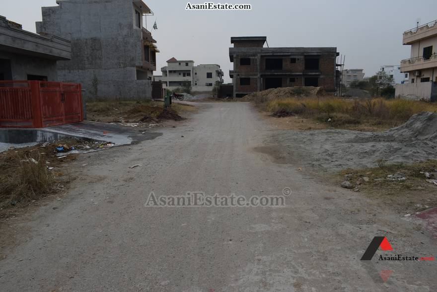 Street View 25x40 feet 4.4 Marla house for rent Islamabad sector D 12