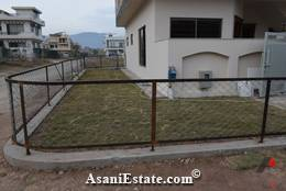 Extra Land 25x40 feet 4.4 Marla house for sale Islamabad sector D 12