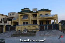 Outside View 60x90 feet 1.2 Kanal house for sale Islamabad sector D 12