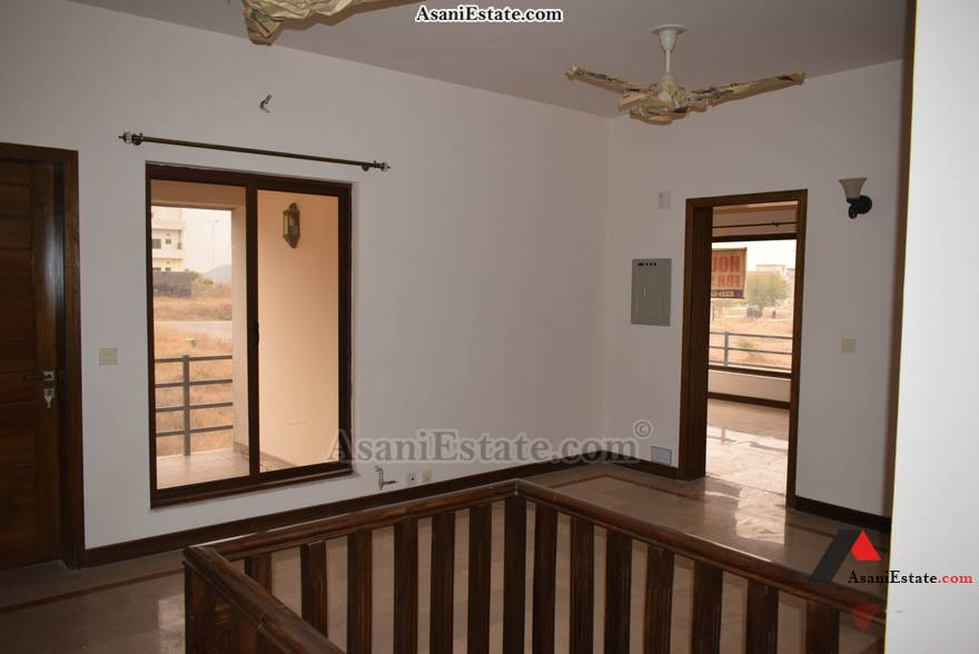 First Floor Livng/Dining Rm 30x60 8 Marla house for sale Islamabad sector D 12
