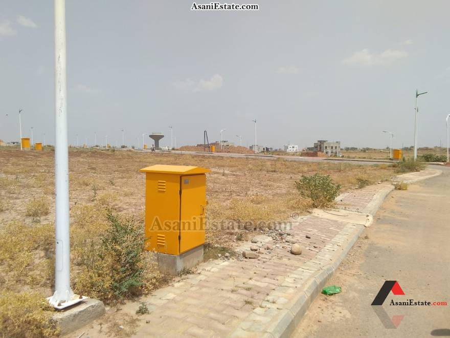 Plot View 25x45 feet 5 Marla residential plot for sale Islamabad Rose Garden Block M Phase 8 Bahria Town